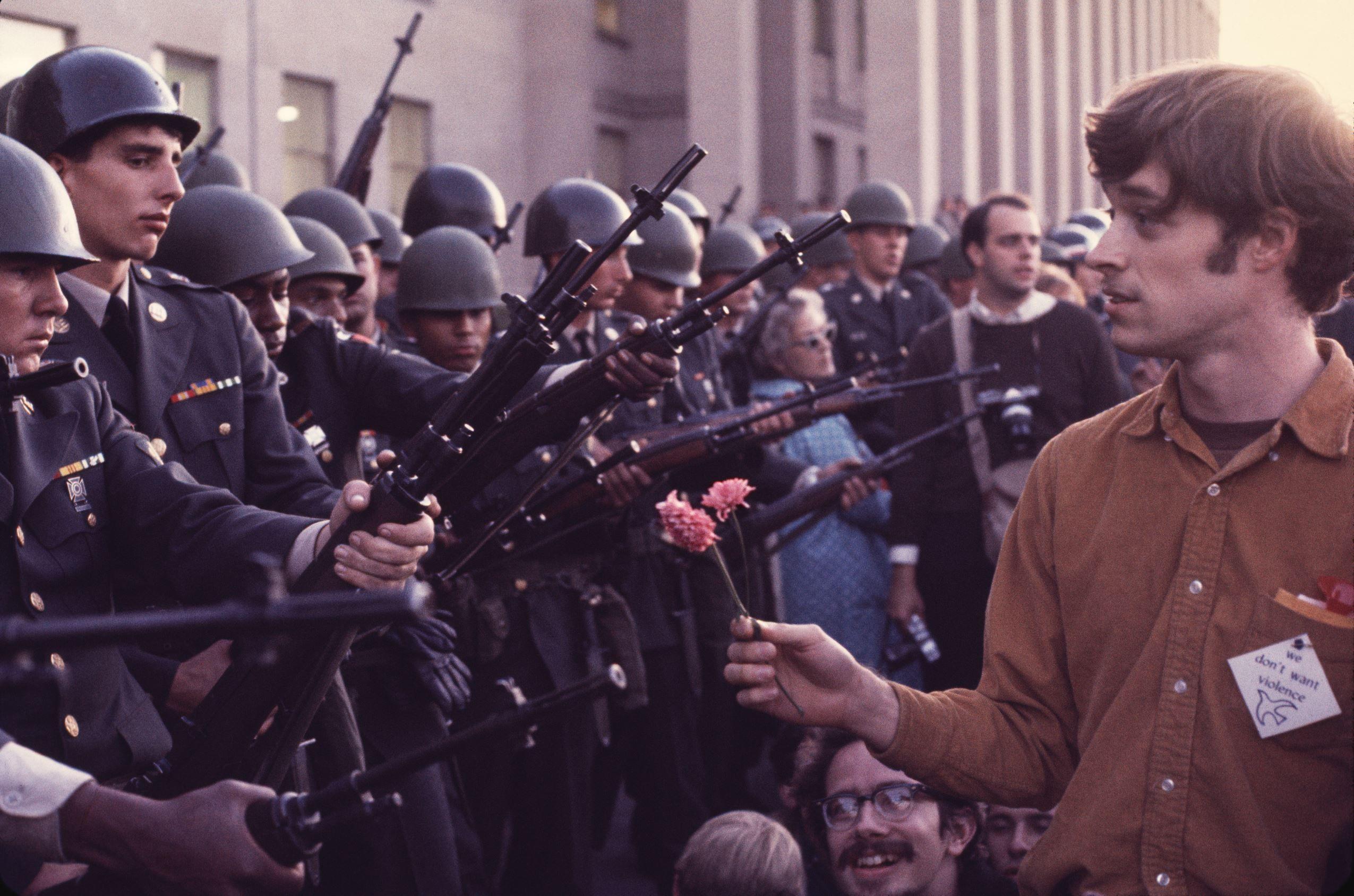 21 of 62 © Bob Adelman/Corbis A peaceful anti-Vietnam War ...