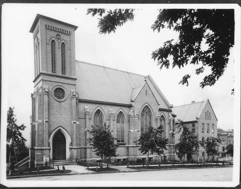 Kościół św. Marii Magdaleny w Omaha_1.jpg