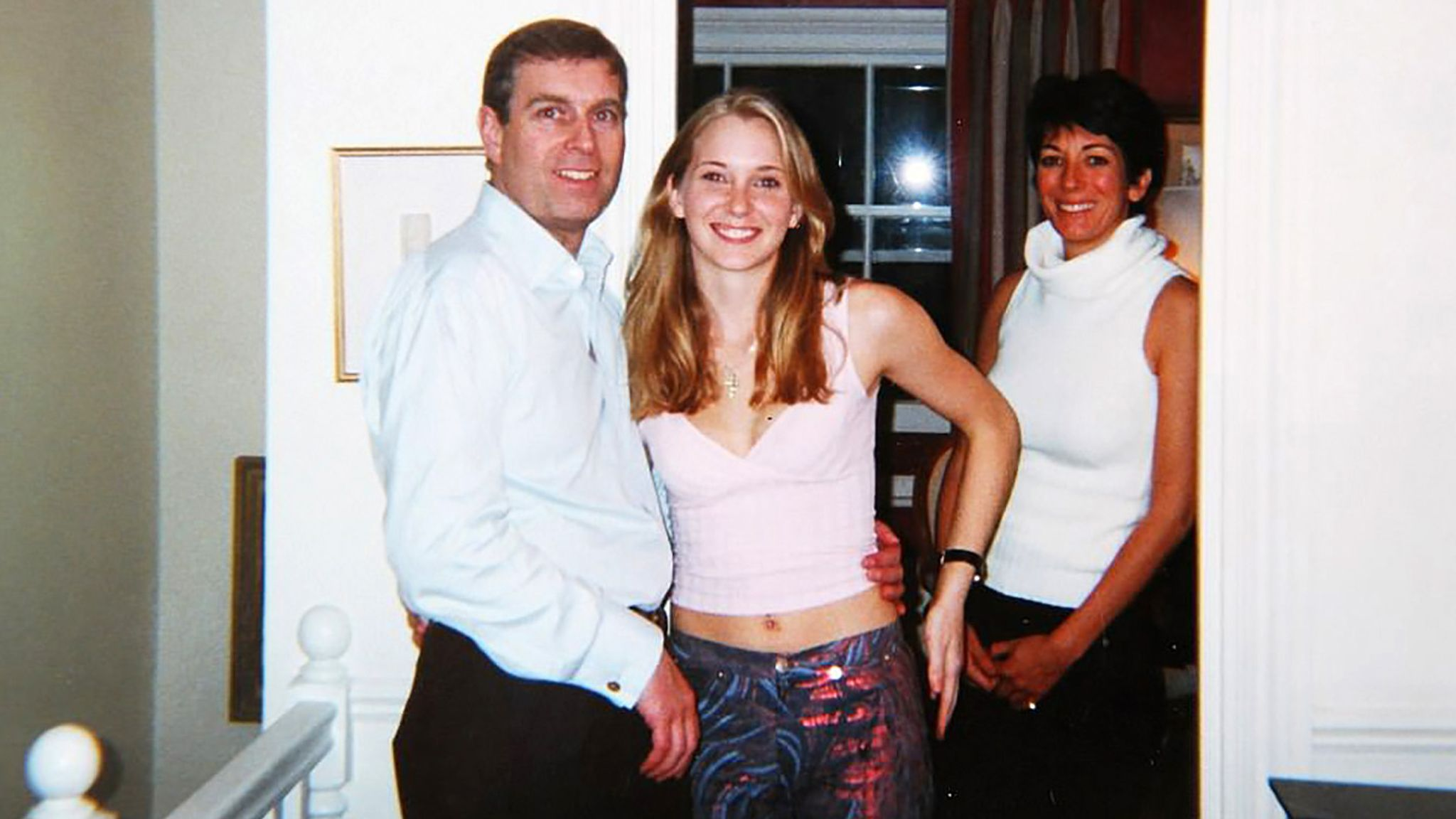 Prince Andrew's decades-long friendship with Ghislaine Maxwell ...