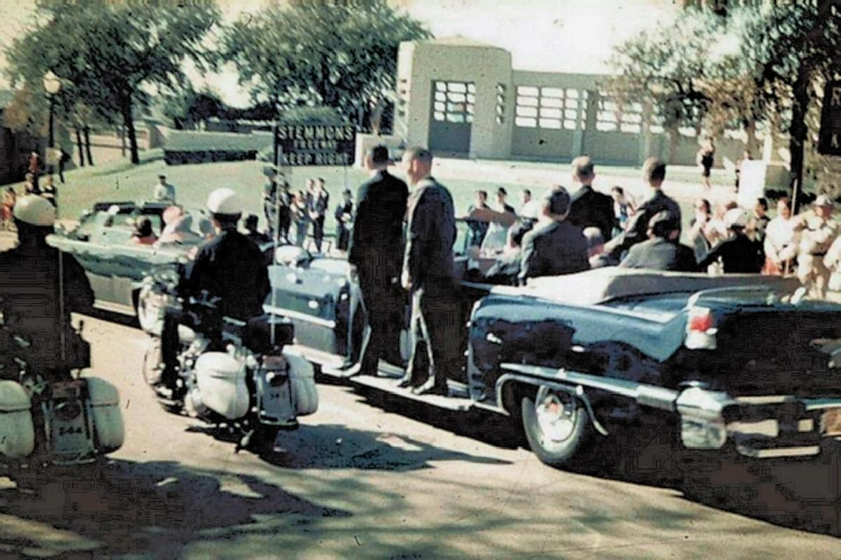 "Phil Willis"" Photo, Hi-Rez (1200×799) | Jfk assassination, Kennedy assasination, Jfk"