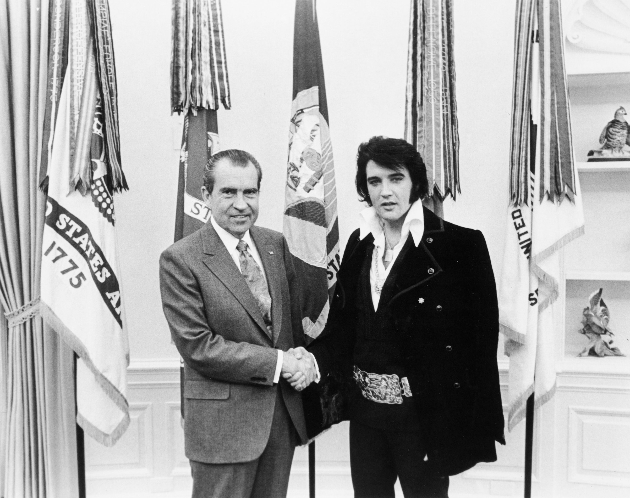 Elvis Presley and Richard Nixon: The Story Behind the Photo | Time