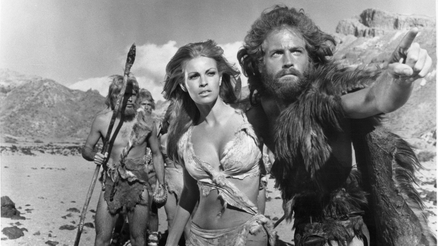 Classic Hollywood: Raquel Welch reflects on her life as a sex symbol and movie star - Los Angeles Times