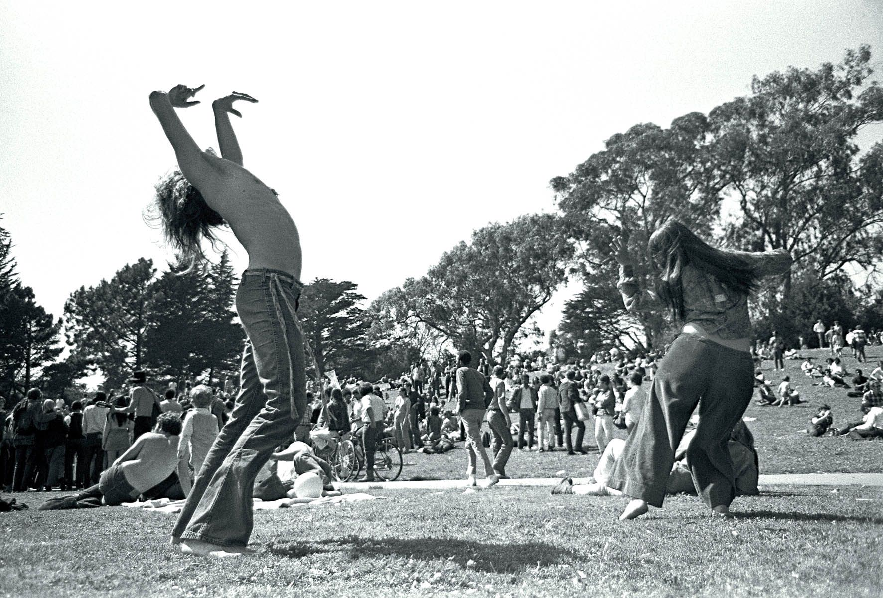 vintage san francisco | Ok, so this last photo is obviously not a vintage post card, but they ... | Woodstock festival, Woodstock music, Woodstock 1969