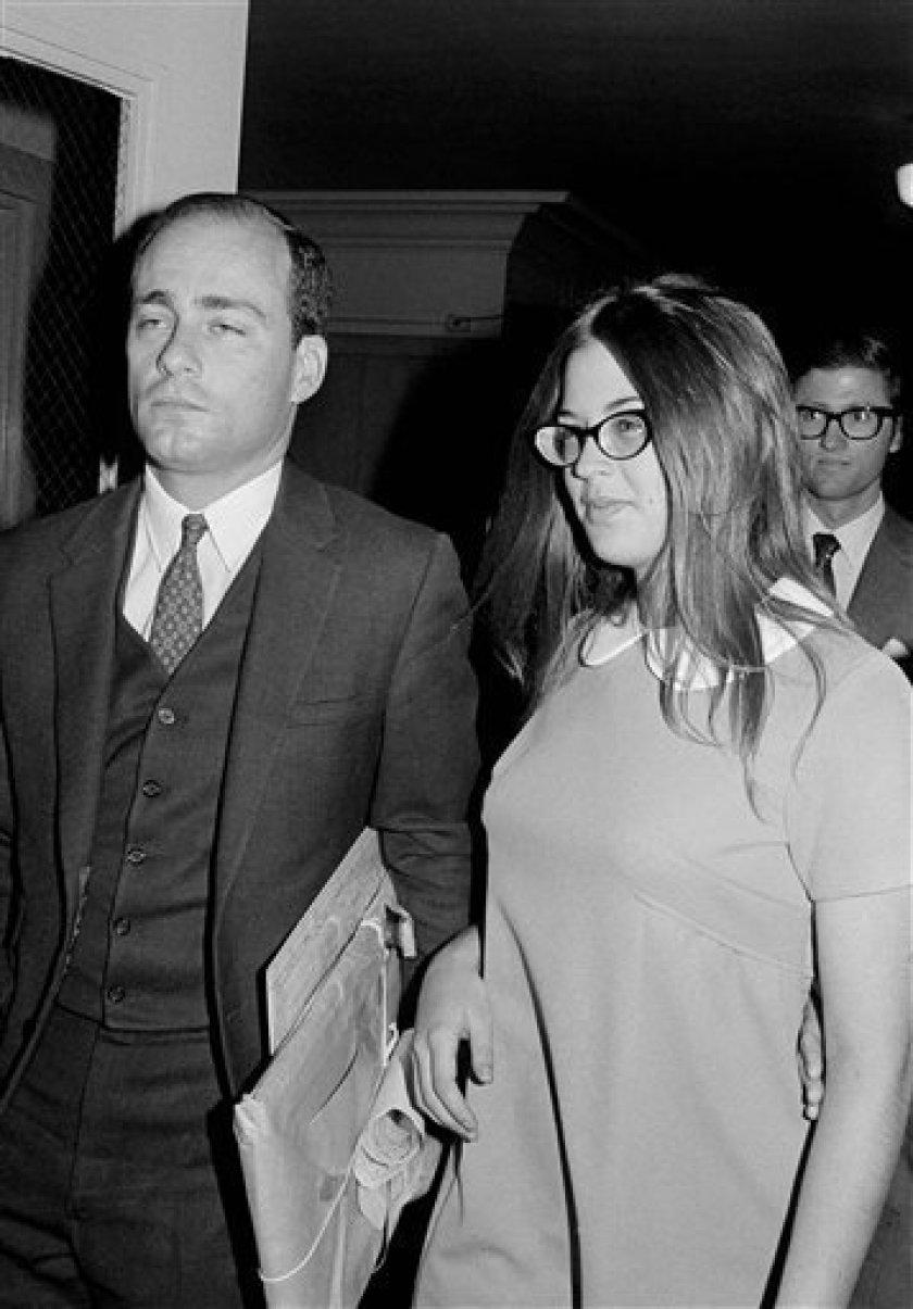 Women linked by Manson murders form odd friendship - The San Diego Union-Tribune